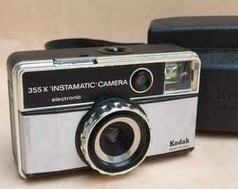 Vintage Kodak Instamatic 355 X electronic camera