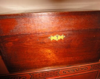 Large Mahogany Antique 1900s Jewelry Box with 7 compartments with one hidden