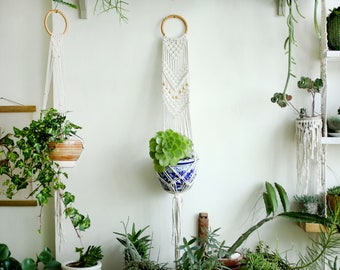Macrame plant holder, hanging planter, Macrame Plant Hange,  Macrame plant, Wall Art, Boho Wall Hanging, Natural macrame, home decor macrame