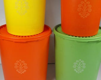 Four Vintage Tupperware Storage Containers    (1061)