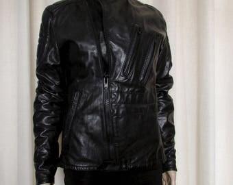 Vintage beautiful cascadeur  black leather  bicker motorcycle  jacket /joli jacket de cuir noir  cascadeur  size tag 40