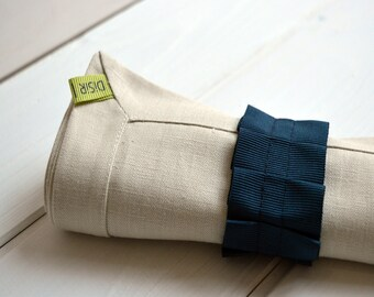 Linen napkin and napkin ring, linen napkin, pure linen, serviettering