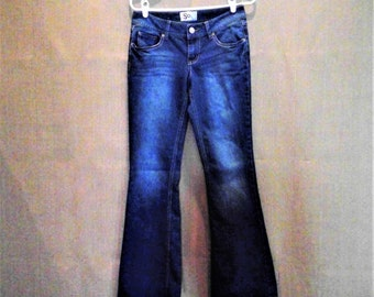 """Vintage """"SO"""" Low Rise Bell-Bottom Jeans - Size 7"""