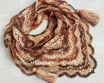 Crocheted baktus