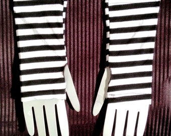 Striped Wristwarmer / Armwarmer - Black & White