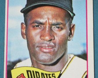 Bob Clemente  Topps #160 1965 Baseball Card