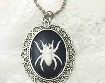 Gothic necklace, spider, black widow
