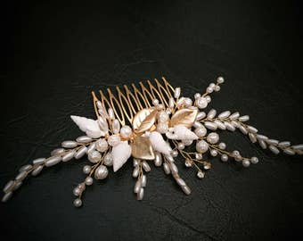Gold Leaves Bridal Hair Comb, Seashell Hair Comb,  Bridal Hair Piece, Wedding Hair Comb, Freshwater Pearl Headpiece