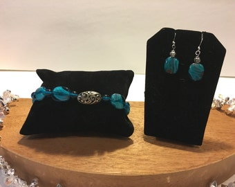 Turquoise earrings and bracelet set