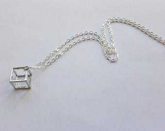 Necklace cubic geometric 3D