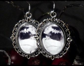 Medallion earring - Frankenstein's bride