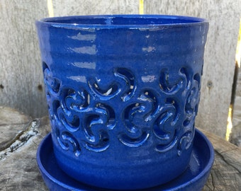Blue Orchid Pot with Macaroni Design