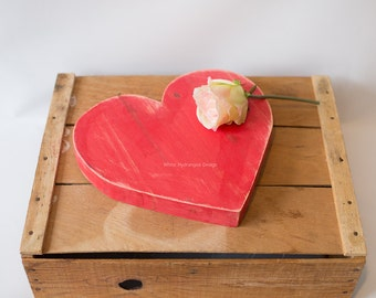 Rustic Red Distressed Wood Heart