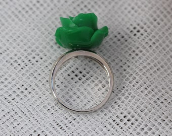 Natural 14k Solid White Gold Ring in Plastic Rose