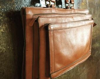 70s super hot multiple zippered shoulder bag