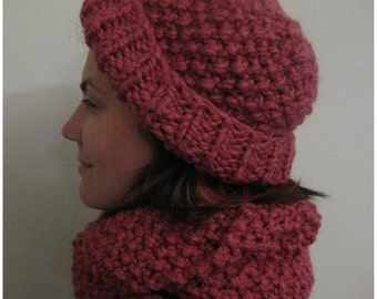 Slouch hat and infinity scarf, hand knitted