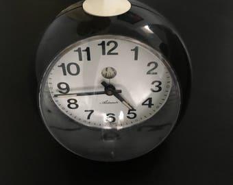 Black and white vintage mod clock