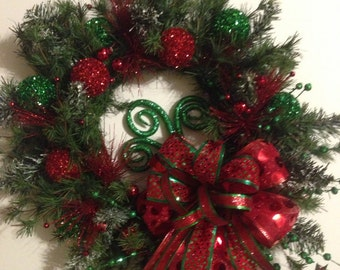 Christmas Wreath - Red & Green