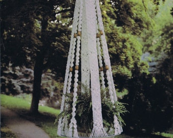 Macrame Plant Hanger PDF Pattern.Macrame Wall Hanging.digital download.vintage macrame.vintage pattern.craft pattern.fiber art