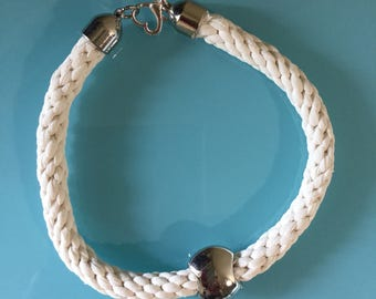 Necklace ' white sobriety '
