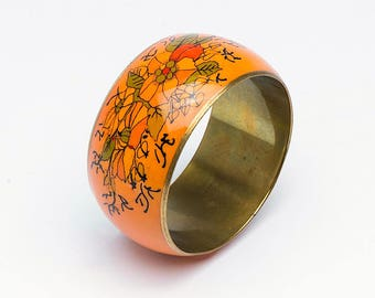 Vintage bangle, orange bangle, metal bangle, orange bracelet, retro bracelet, vintage bracelet, retro bangle, bangle. Christmas gift
