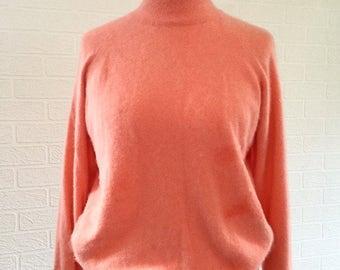 Savoy Taylors Guild Peach Coral Turtle Neck Jumper Size Medium/ Retro Jumper/Retro Sweater/Retro Pullover/1980s
