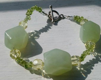 Chunky Mint Jade And Glass Beaded Bracelet Toggle Clasp
