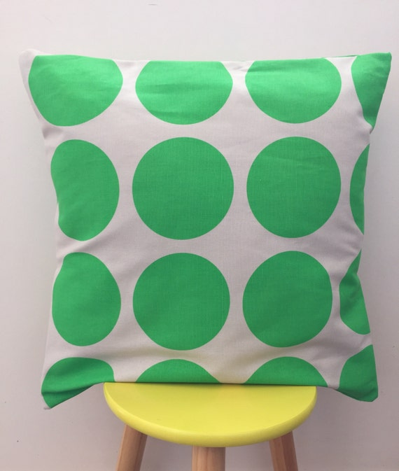 Indoor / outdoor large green spots cushion cover