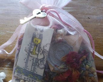 Mojo Bag To Draw Love The Cunning Toad Charm Bag (sold as curio) love spell