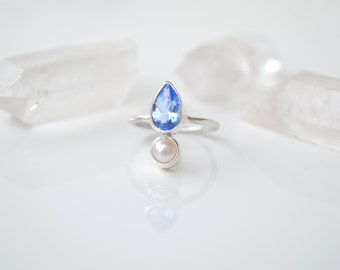 Blue Topaz and Freshwater Pearl 925 Sterling Silver Ring