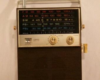 Vintage 1960S LAFAYETTE GUARDIAN 5000 Radio