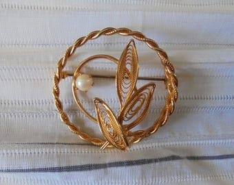 Gold Tone with Pearl Accent Brooch