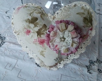 Shabby chic style Pillow made entirely by hand. Performing custom cushions on Commission.