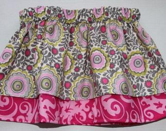 Kids: Girls twirly skirt. Pink/Grey