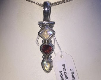 Moonstone and garnet pendant in silver