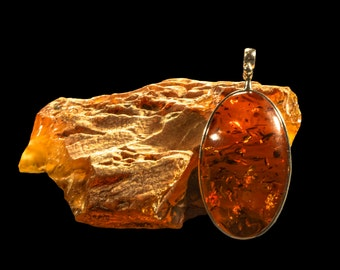 """Amber Pendant With Silver """"The Mirror"""""""