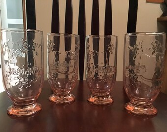Hello Kitty glass set