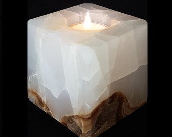 Door-candle in onyx Huey