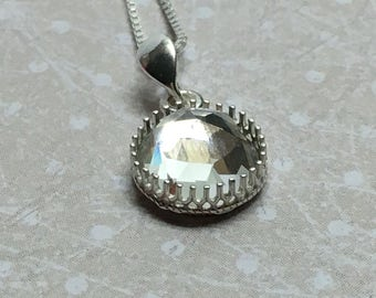 Silver necklace massif and multifaceted Swarovski Crystal