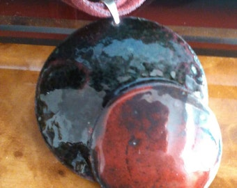 Black/Red enamels