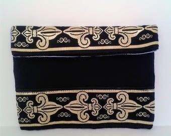 Black clutch, little clutch, smartphone case, black smartphone case, fleur de lis case, little samsung case, vintage case, samsung case