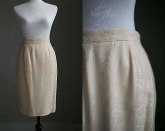 MEDIUM (8/10) - Vintage Cream Embroidered Lace Pencil Skirt with Pockets