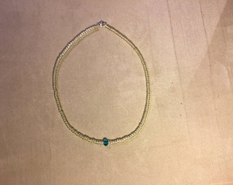 Simple and pure necklace