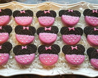 24 Pink Minnie Mouse Oreo Cookies
