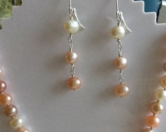 Multicolour Pearl dangling earring
