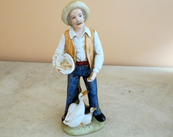 Farmer and Geese/Vintage figurine/Farmer feeding geese/Made in Malaysia/Home Decoration/farmer and duck