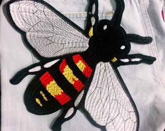 Bees/free shipping sew on patch /embroidery appliqués