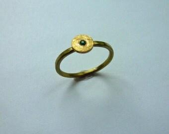 Gold Ring - minimalist - Emerald