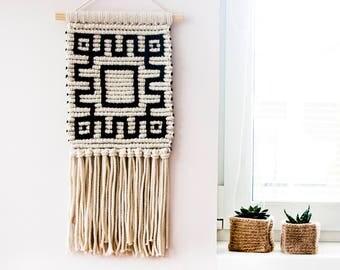 SALE! Macrame Wall Hanging, Woven Wall Hanging, Woven Wall Tapestry, Wall Tapestry, Macrame Wall Art, Woven Tapestry, Fiber Art, Boho Décor