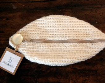 Knitted wool clutch